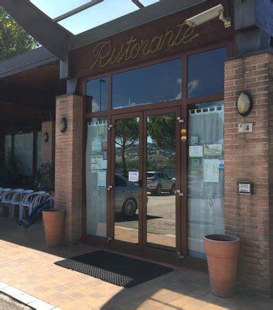 ristoranti camerano albergo ristorante nazzare camerano restaurant avis