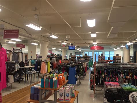 tj maxx t j maxx opens on newbury street at hynes