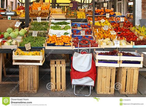 market stall farmers market stall clipart www imgkid the image
