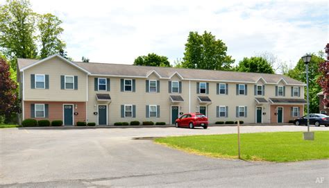 Apartments In Lewiston New York Lewiston At Meadow Clinton Ny Apartment Finder