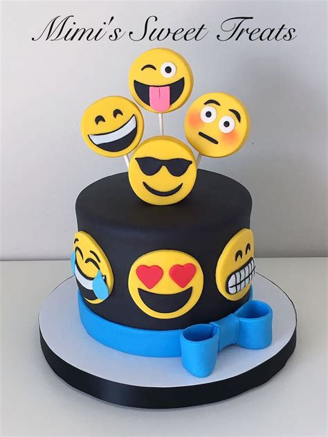 emoji cake the 25 best ideas about emoji cake on pinterest