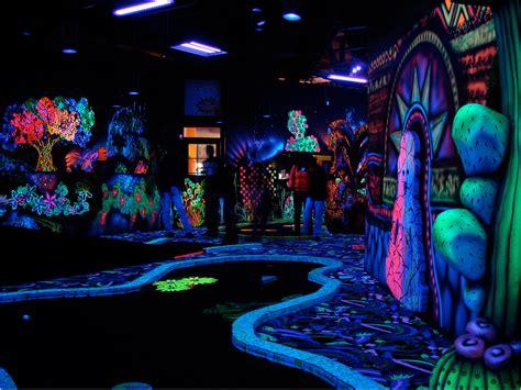 blacklight room ideas home interior design black light