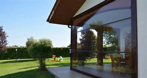 wetterschutzrollo terrasse der windschutz f 252 r ihre terrasse zum werkspreis