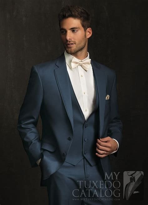 Best 25  Men's tuxedo ideas on Pinterest   Mens tuxedo