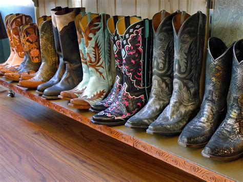 cowboy boots san antonio lucchese boots made in san antonio i want the middle