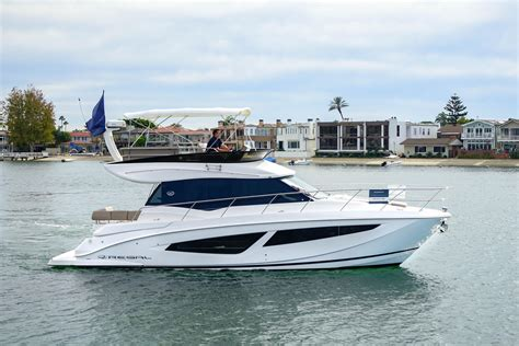 new regal boats uk 2018 regal 42 fly power new and used boats for sale