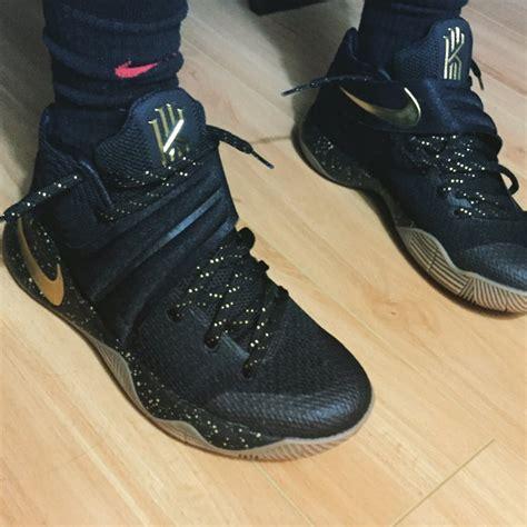 Harga Nike Reveal kyrie 2 gold