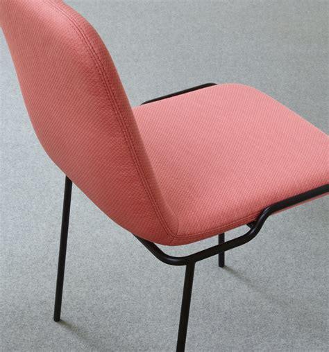 stuhl mit metallbeinen tadao stuhl mit metallbeinen ligne roset stylepark
