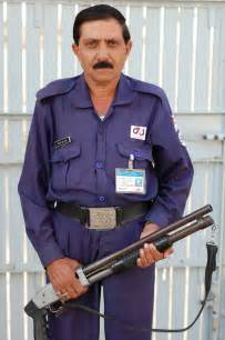 G4s Security Guard by What Shotgun Is This G4s Security Officer In Bosnia Holding Photo The Firing Line Forums
