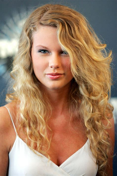 Podcast 2 2007 Makeuphair Trends hairstyles s curly
