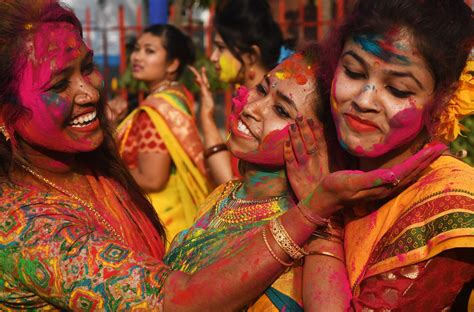 festival of colors india happy holi 2018 facts for india s festival of
