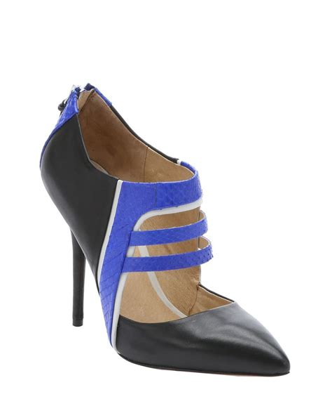 l a m b women s royal blue and black leather wilson