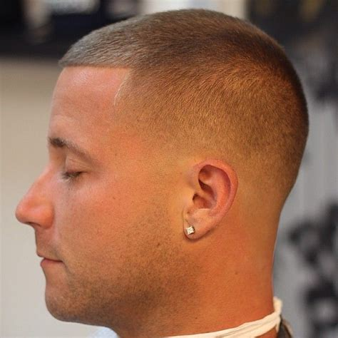number one haircut low bald fade to number 1 or 2 on top things that