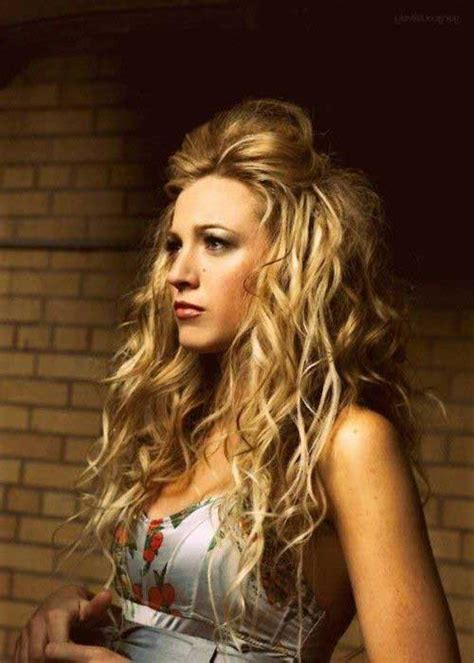 curly hairstyles for long hair half up 20 super curly hairstyles long hairstyles 2016 2017