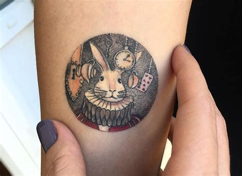 mini tattoo bored panda miniature circle tattoos by turkish artist eva krbdk