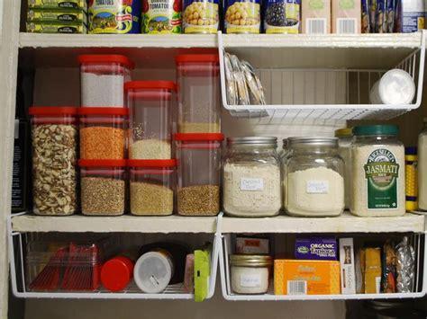 best way to organize kitchen cabinets kitchen the right tips to organizing kitchen cabinets