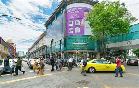 Friday Late Shopping In Singapore by Mustafa Singapore 24 Hour Bargains Shopping In India