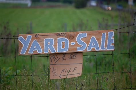 backyard sale tips for having a great yard sale