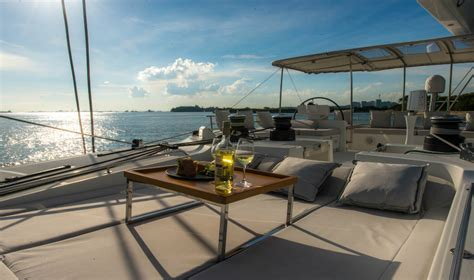 yacht party singapore yacht party in singapore how to hire a boat for serious