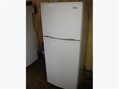 Whirlpool Apartment Fridge Immaculate 12 Cu Ft White Whirlpool Apartment Size