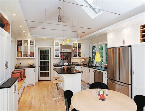 kitchen with vaulted ceilings ideas lighting for vaulted ceilings kitchen traditional with