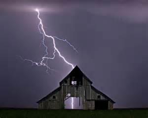 Lightning Strike How To Survive A Lightning Strike Lightning Statistics