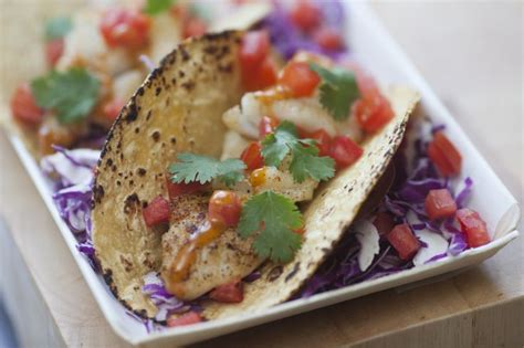 Taco 116 Aa spicy chipotle garnishing squeeze fish tacos product used