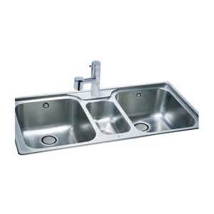 carron 250 2 5 bowl 1030x510mm stainless steel kitchen sink kitchens from clc