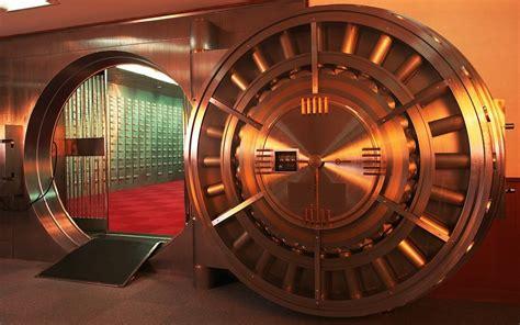 banche a rischio in italia banche pi 249 sicure e solide in italia e a rischio