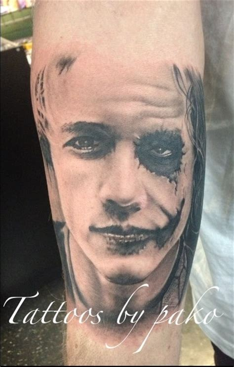 joker tattoo portrait heath joker portrait tattoo on sleeve
