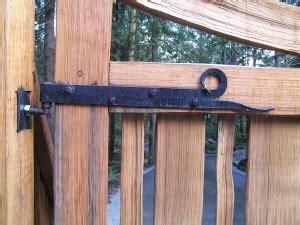 Set Handsplit custom driveway gate hinges cedar sustainable woodwork