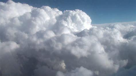 imagenes extrañas en las nubes nubes desde el avi 243 n hd youtube