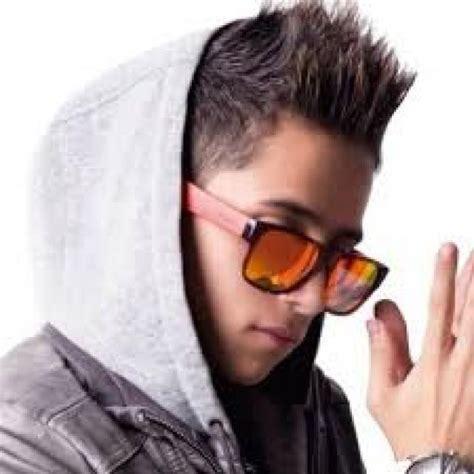 imagenes de kevin roldan y andy rivera ranking de los mejores reggaetoneros de la historia