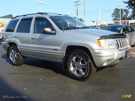 Bright Silver Metallic 2004 Jeep Grand Cherokee Limited