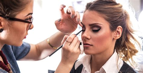 Makeover Makeup Academy by Makeup Artist Diploma