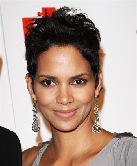 Halle Berry Hairstyles by Halle Berry Hairstyles Hairstyles 2013