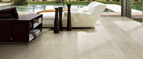 brico pavimenti pvc pavimenti pvc opinioni excellent pavimenti in pvc ikea