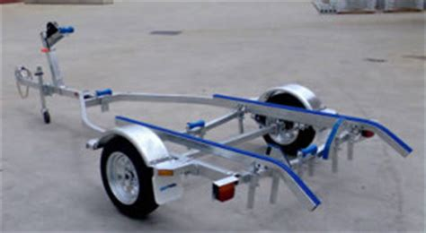 small boat trailer rollers how to set up a boat trailer correctly diy guide
