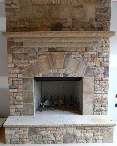 flagstone fireplace 17 best ideas about stacked stone fireplaces on pinterest