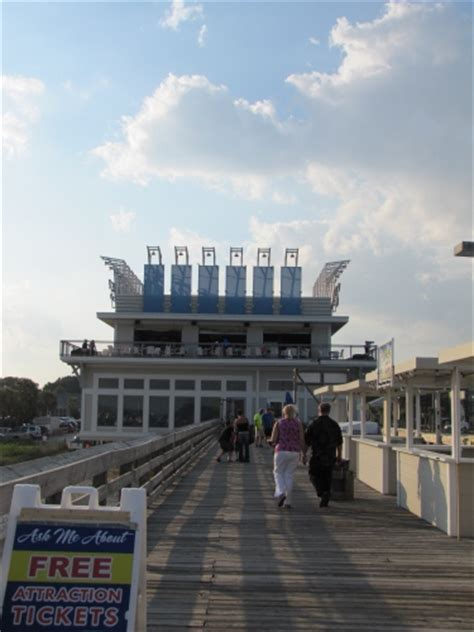 When In Myrtle Beach South Carolina Don T Miss The 2nd Pier House Restaurant Myrtle