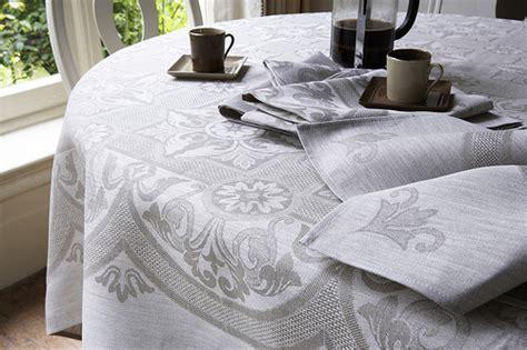 tessuti per tovaglie da tavola come realizzare una tovaglia da tavola arte ricamo