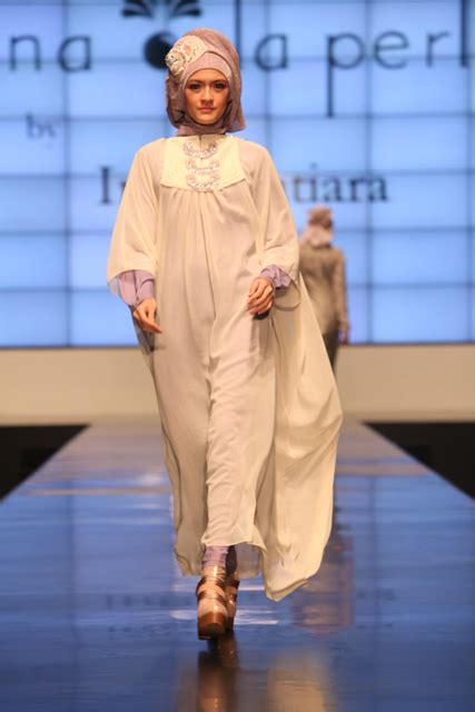 Mutiara Tunic muslim bridal wear islamic wedding dresses and ideas