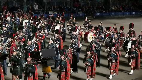 edinburgh tattoo youtube 2012 edinburgh military tattoo 2017 youtube
