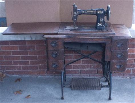 White Treadle Sewing Machine Cabinet by 1913 White Rotary Treadle Sewing Machine Ornate 6 Drawer