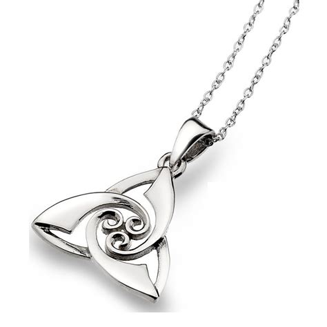 comptoir des irlandais colliers pendentifs celtiques le comptoir irlandais