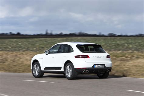 porsche suv 2015 white 2015 porsche macan s rear three quarter in motion photo 78