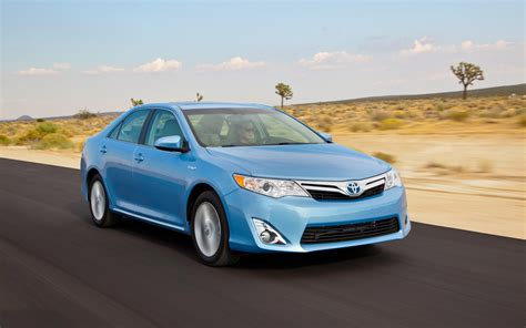 Toyota Camry Xle 2012 2012 Toyota Camry Hybrid Xle Test Motor Trend