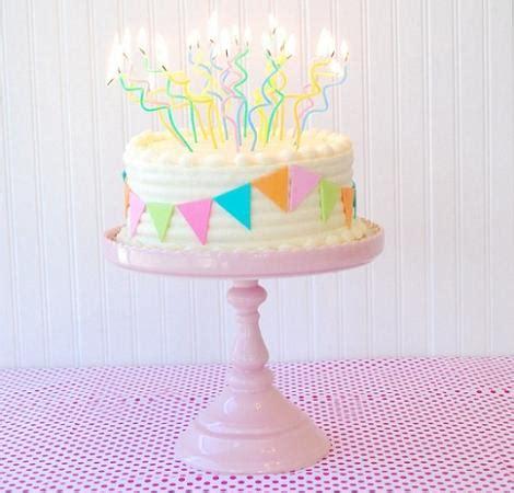 decorar tartas con virutas decorar una tarta de cumplea 241 os ideas para fiestas