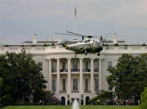 white house marines file marine one 2005 jpg wikimedia commons