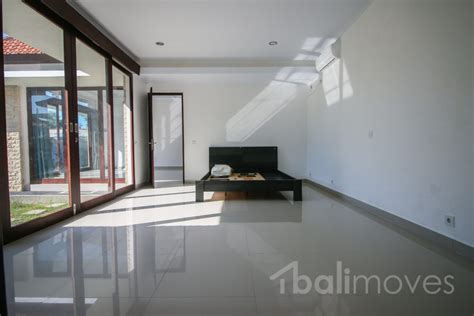 two bedroom house with beautiful garden sanur s local two beds house for rent with garden in sanur sanur s